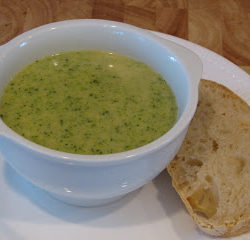 broccoli-soup-and-no-knead-bread