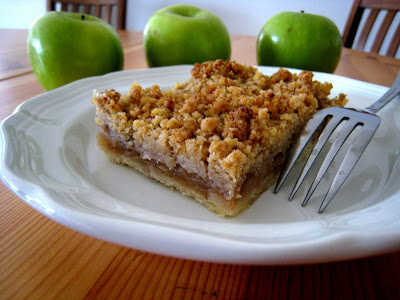 Slab Apple Pie from LifeasMom.com