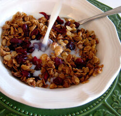 Cranberry Orange Granola (Ultimate Recipe Swap: Food Gifts)