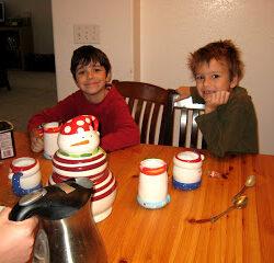 Christmas Memories: Holiday Mugs