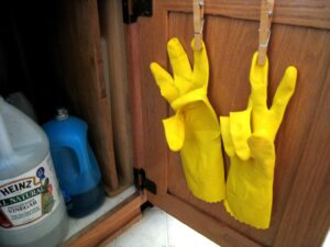 dishwashing gloves holder