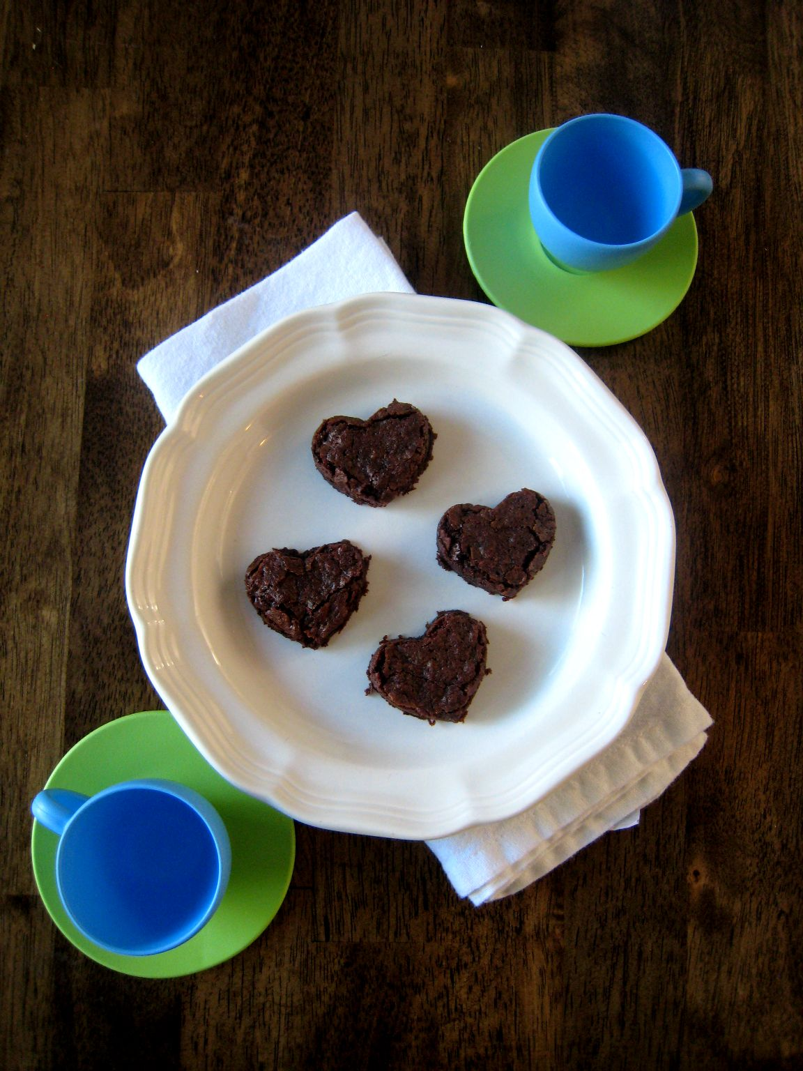 small heart brownies