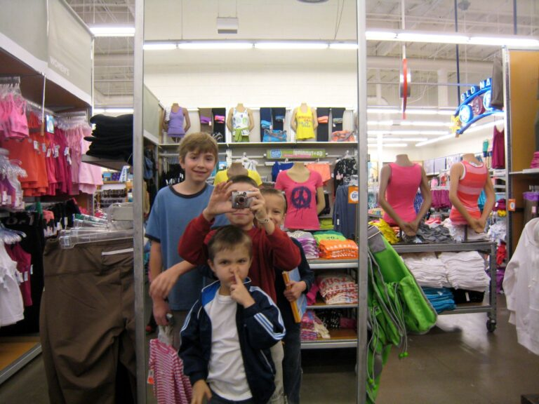 How to Survive a Shopping Trip with Children in Tow
