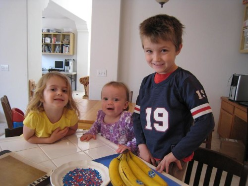 How to Make Frozen Chocolate Bananas at Home | Life as Mom