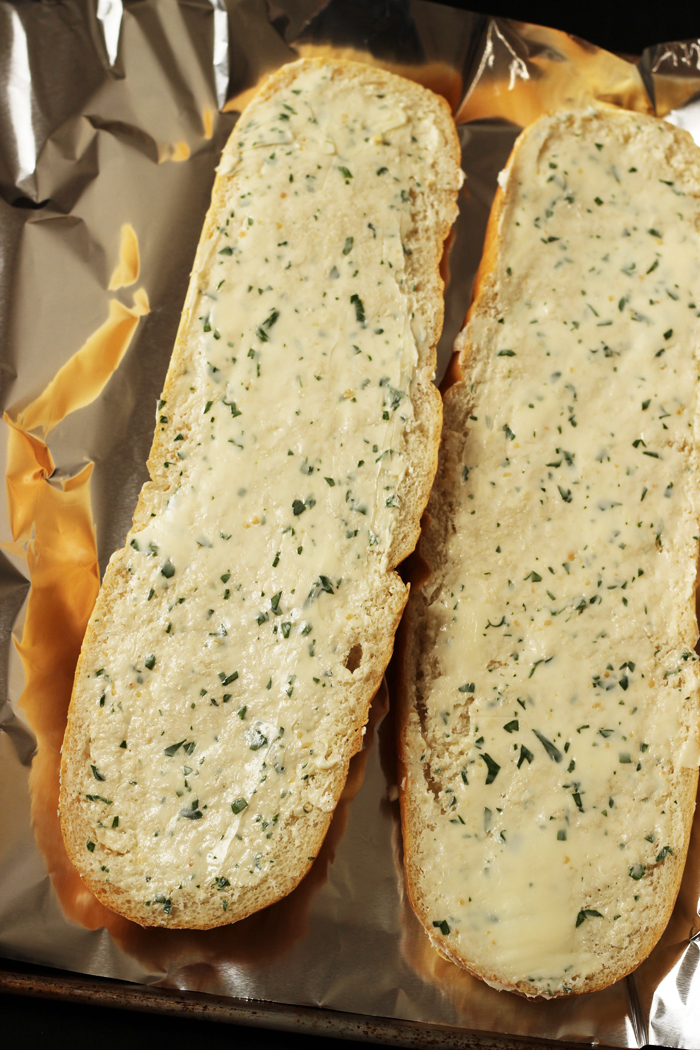 Easy Make-Ahead Garlic Bread | Life as Mom