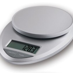 The Foodie Family and the EatSmart Precision Pro Kitchen Scale