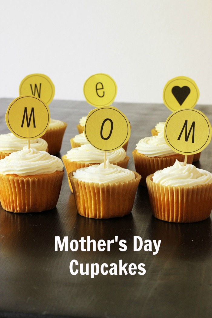 We Love MOM Cupcakes | Life as Mom