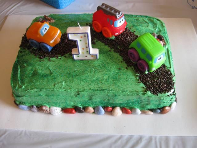 Birthday Cake Round-Up: To Infinity and Beyond!