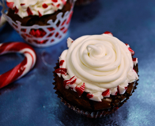 Candy Cane Brownie Cupcakes – A Guest Post