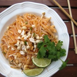 Christmas Memories, Thai Kitchen, and a Cookbook Giveaway