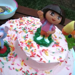 A Very Dora Birthday Cake