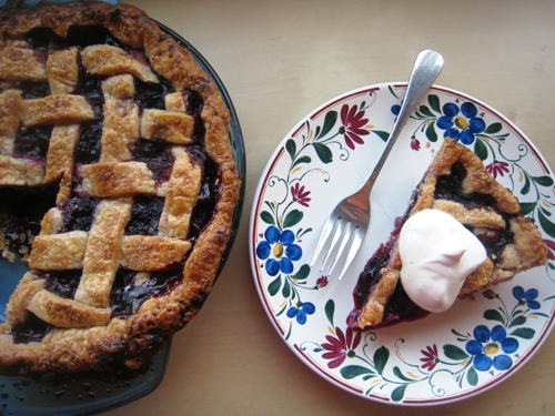 Mixed Berry Pie served