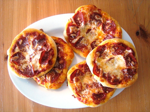 mini pizzas platter sm