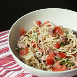 Creamy Noodles with Ham and Tomatoes