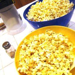 Make Cinnamon Popcorn & Watch a Show Together