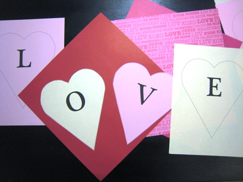 """DIY on a Dime: Printable """"Love Does"""" Banner"""