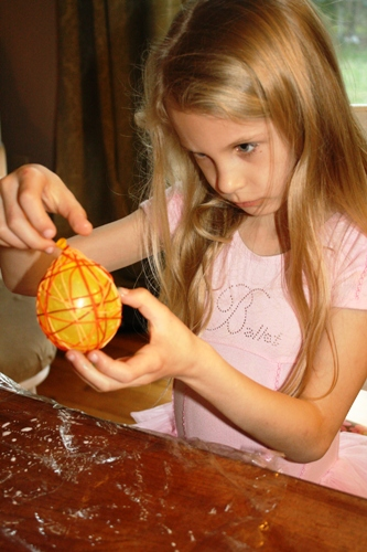 Making Floss Eggs