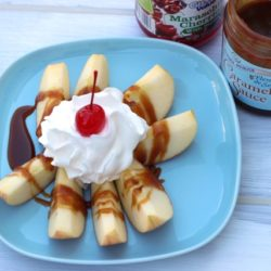Apple Crowns (Recipe Swap: How 'Bout Them Apples?)