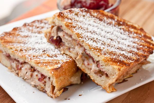 turkey-monte-cristo-panini-600