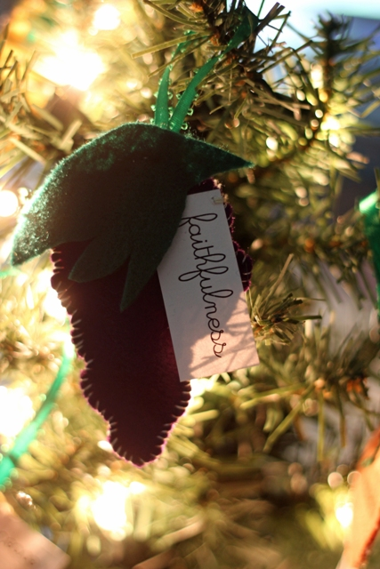 Christmas Tree Fruit Ornaments.Fruit Of The Spirit Christmas Tree Ornaments Felt Ornaments