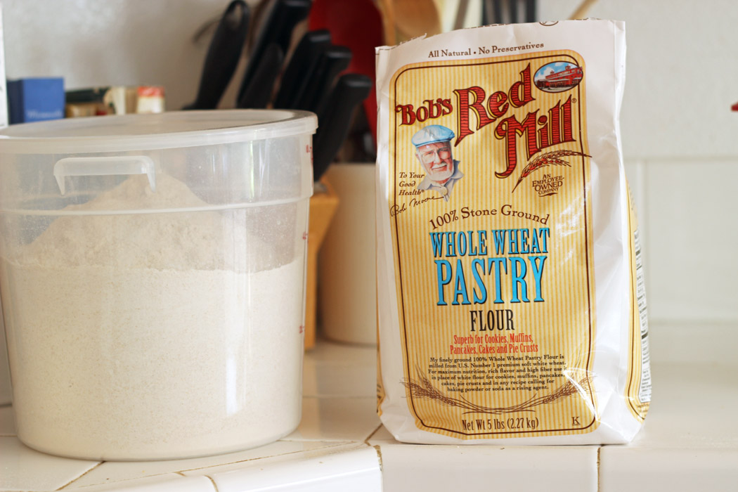 Bob's Whole Wheat Pastry Flour LAM