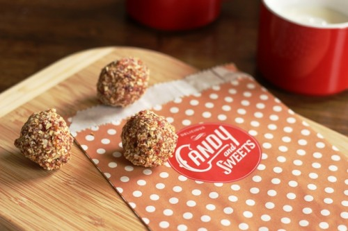 Fruit and Nut Energy Bites | LifeasMOM.com
