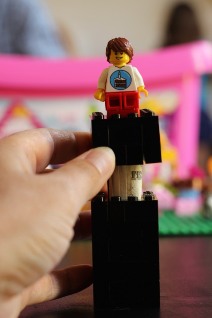 How to Build a Lego Money Holder - Create a fun Lego money holder for gifting cash for birthdays, graduation, and Christmas. It is amazingly simple.