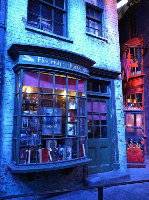 A review of the Harry Potter - Warner Brothers Studio Tour in Leavesden, England
