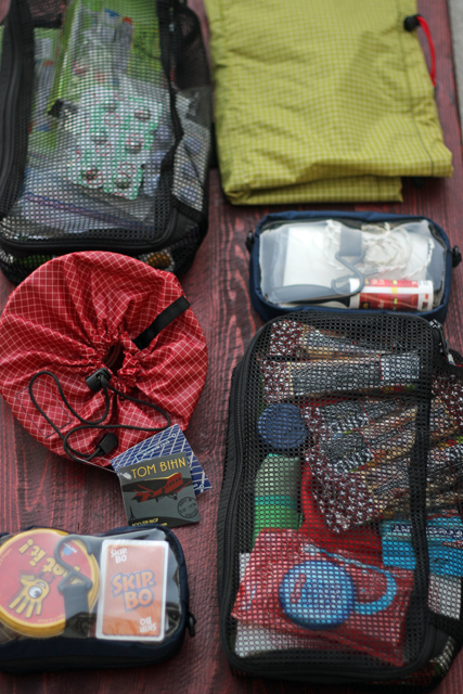 Organizing Travel Gear with Tom Bihn Bags - Keeping your possessions organized while you're traveling can make the trip so much more fun and enjoyable. Check out this great gear from Tom Bihn.